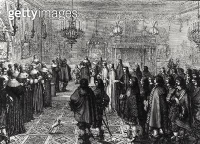 <b>Title</b> : Ceremony passing the marriage contract of Wladyslaw IV (1595-1648) and Maria Ludwiga Gonzaga (1611-67) at Fontainebleau, 25th Se<br><b>Medium</b> : engraving<br><b>Location</b> : Bibliotheque Nationale, Paris, France<br> - gettyimageskorea