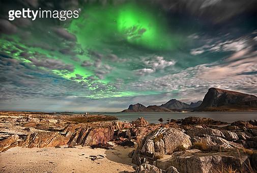 Northern lights, Lofoten, Nordland, Norway - gettyimageskorea