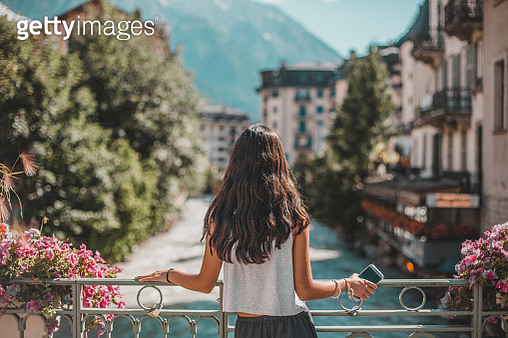 view of Chamonix-Mont Blanc village and French alps - gettyimageskorea