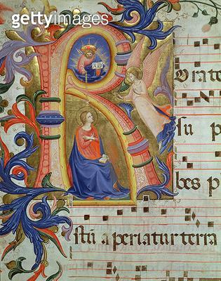 <b>Title</b> : Ms 558 f.33v The Annunciation depicted in an historiated initial 'R', detail from a Missal, early 1430s (vellum) (for detail see<br><b>Medium</b> : <br><b>Location</b> : Museo di San Marco dell'Angelico, Florence, Italy<br> - gettyimageskorea