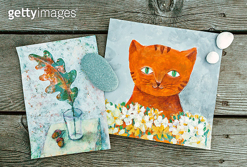 Ginger Cat with white flowers. Autumn Oak orange leave on white gray textured background. Gray textured background. Fine Art Acrylic painting on paper. Painting done by me - gettyimageskorea