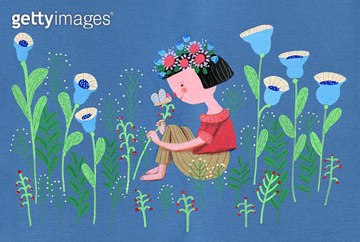 girl in a big garden - gettyimageskorea