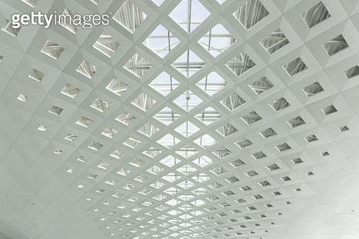 Metal Roof Structure Of Office Building Ceiling - gettyimageskorea