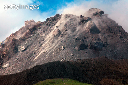 March 2006 - Extrusion lobes on lava dome of Soufriere Hills volcano, Montserrat, Caribbean. - gettyimageskorea