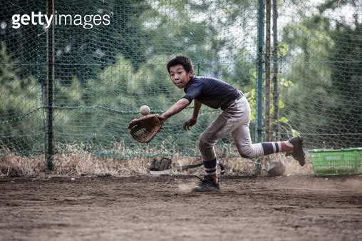 Youth Baseball Players,Defensive practice - gettyimageskorea
