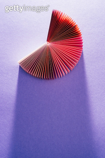 Colorful Red Purple Paper Card Pages Fanned Out Pie-chart Shape Overhead View with Long Shadow - gettyimageskorea