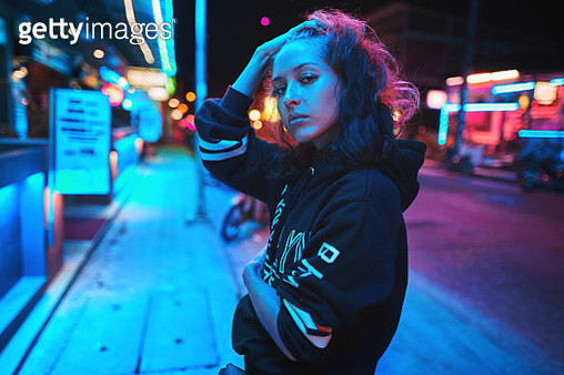 Neon Close Up Portrait Of Young Woman Wear Hoodie Night City Street Shot - gettyimageskorea
