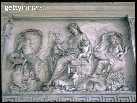 <b>Title</b> : Mother figure, probably the goddess Tellus, relief from the exterior upper zone of the east wall, Roman, 9 BC (Carrara marble) (<br><b>Medium</b> : <br><b>Location</b> : Ara Pacis (Altar of Peace), Rome, Italy<br> - gettyimageskorea