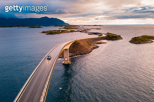 Aerial view of famous Storseisundet Bridge on the Atlantic Ocean Road - gettyimageskorea