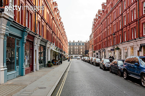 Chiltern Street on a sunny day, London, UK - gettyimageskorea