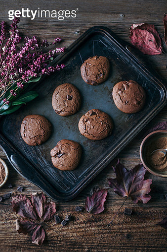 Chocolate cookies on a baking tray - gettyimageskorea