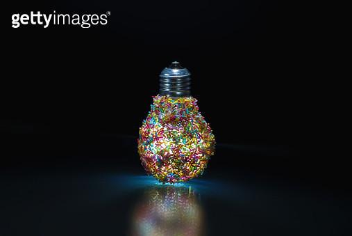 luce ad alto consumo energetico... - gettyimageskorea