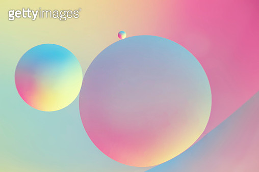 Oil and water - gettyimageskorea