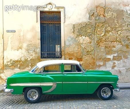 Classic Cuban Car In Havana - gettyimageskorea