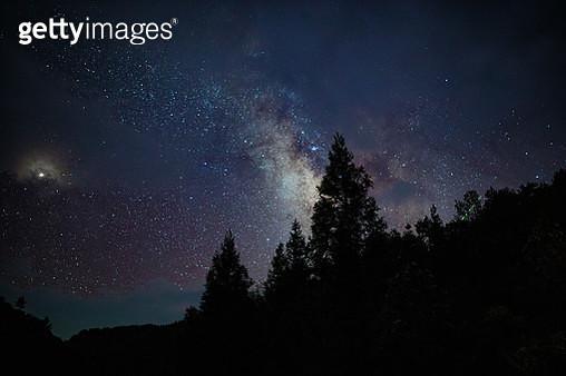 Milk Way at night - gettyimageskorea