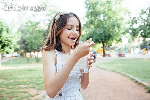 Happiness Girl Holding Ice Cream - gettyimageskorea