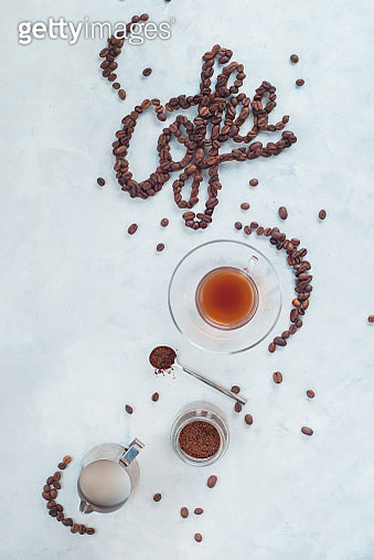 Food lettering in high key drink photography from above. Word Coffee made with coffee beans. Moka... - gettyimageskorea