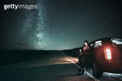 Road trip under the milky way - gettyimageskorea