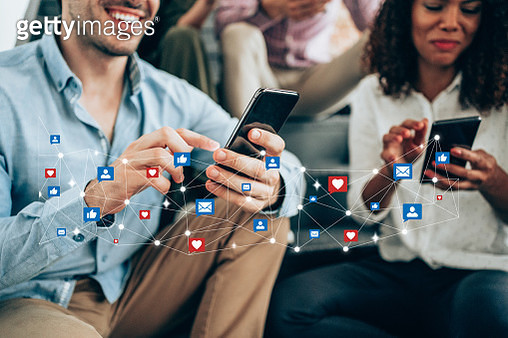 Staying connected. - gettyimageskorea