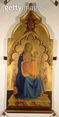 <b>Title</b> : Madonna and Child, central panel from The Madonna and Child with the Holy Trinity Tabernacle, c.1430 (tempera on panel) (see als<br><b>Medium</b> : <br><b>Location</b> : Galleria degli Uffizi, Florence, Italy<br> - gettyimageskorea