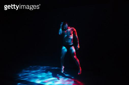 Man underwater - gettyimageskorea