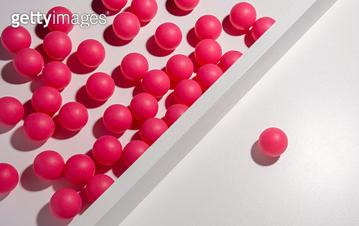 One red ball separated from many others - gettyimageskorea