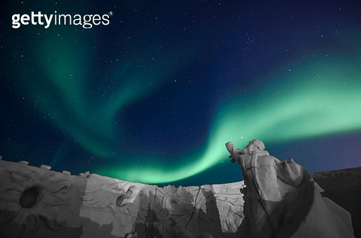 Winter Ruins Under Aurora - gettyimageskorea