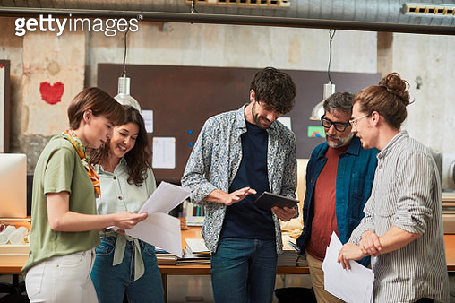 Small business standing up business meeting. - gettyimageskorea