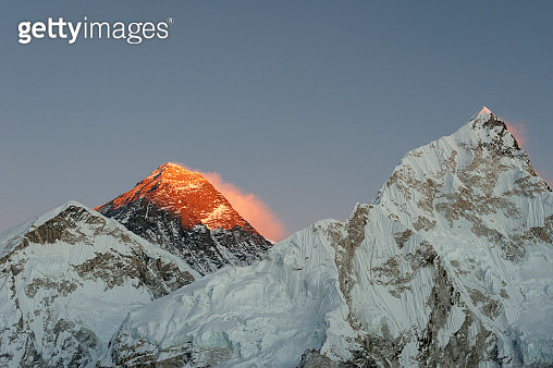 Everest, Nuptse and Lhotse seen from the top of Kala Patar in Everest region of Nepal - gettyimageskorea