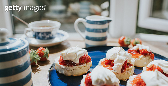 Traditional Afternoon Tea of Scones with Jam and Clotted Cream - gettyimageskorea