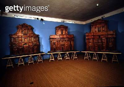 <b>Title</b> : Three architectural models of church facades designed by Michelangelo di Buonarroti (1475-1564) 1507 (wood)<br><b>Medium</b> : wood<br><b>Location</b> : Museo dell' Opera del Duomo, Florence, Italy<br> - gettyimageskorea