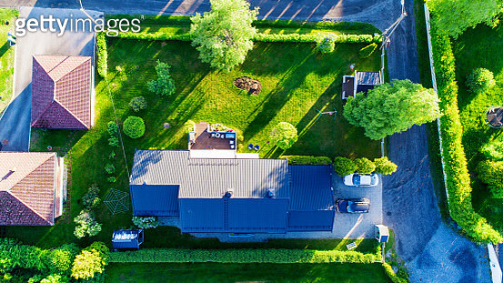 House and garden photographed in the summer with a drone in Akershus, Norway. Shows a very typical detached Scandinavian house. - gettyimageskorea