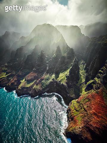 USA, Hawaii, Kauai, Na Pali Coast, aerial view - gettyimageskorea