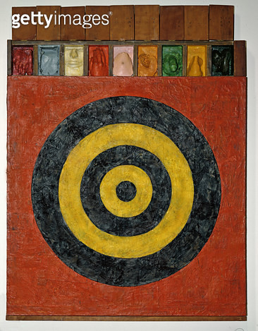 <b>Title</b> : Target with Plaster Casts, 1955 (encaustic and collage on canvas with objects)<br><b>Medium</b> : collage<br><b>Location</b> : Private Collection<br> - gettyimageskorea