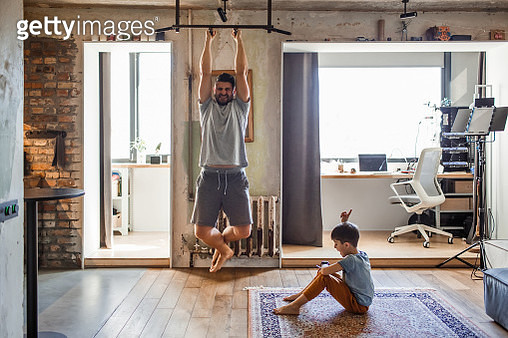 Dad and his little son play sports together - gettyimageskorea