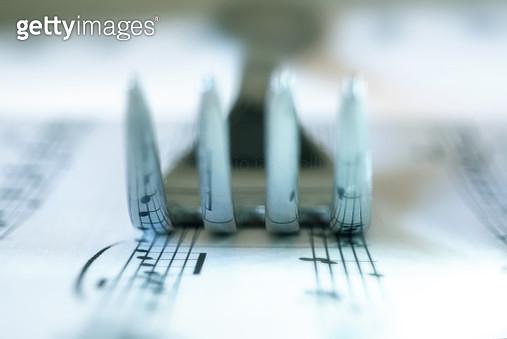 la musica e la forchetta: amore a prima vista - gettyimageskorea