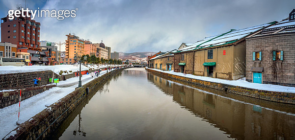 Landmark of Hokkaido, japan Otaru canal in winter. - gettyimageskorea