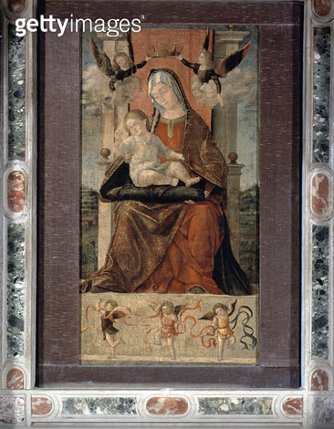<b>Title</b> : Virgin and Child Enthroned with Five Angels (oil on panel)<br><b>Medium</b> : <br><b>Location</b> : Scuola di San Giorgio degli Schiavoni, Venice, Italy<br> - gettyimageskorea