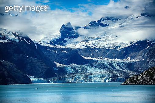 Alaska snow mountain - gettyimageskorea