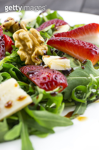 Close-Up Of Salad Served In Plate - gettyimageskorea