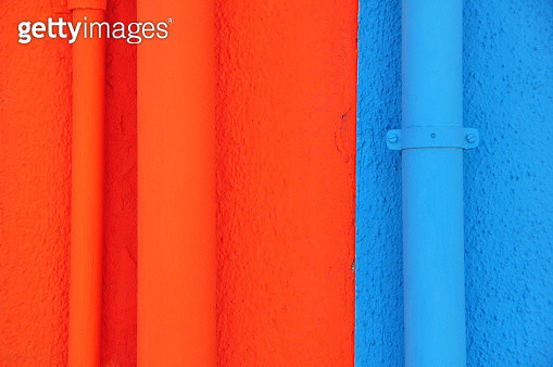 Bold Colours - Colored walls on the island of Burano, Venezia - gettyimageskorea