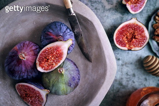 Fresh Figs on Rustic Background - gettyimageskorea