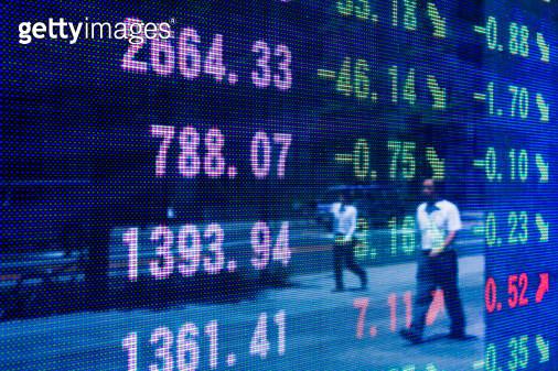 Reflection of stock readings in window - gettyimageskorea