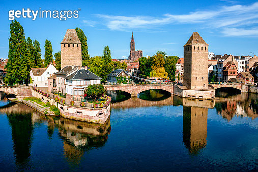 France, Strasbourg, the old towers of the city and the cathedral in the background - gettyimageskorea