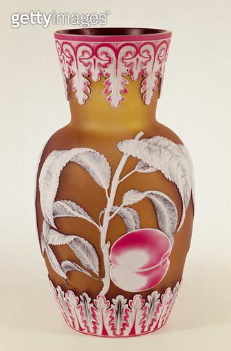 Art Nouveau four-colour cameo glass oviform vase - gettyimageskorea