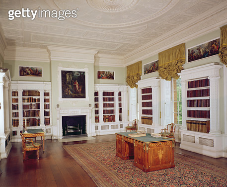 The library with Adam desk/ c.1775/ in the neo-classical style - gettyimageskorea