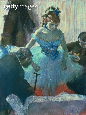 <b>Title</b> : Dancer in her dressing room (pastel)<br><b>Medium</b> : pastel<br><b>Location</b> : Private Collection<br> - gettyimageskorea