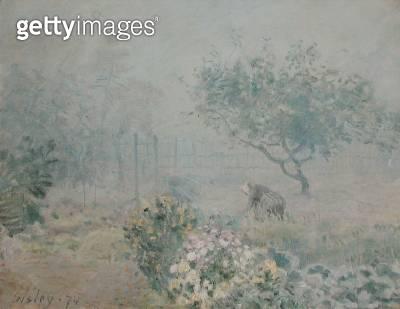 <b>Title</b> : The Fog, Voisins, 1874 (oil on canvas)<br><b>Medium</b> : oil on canvas<br><b>Location</b> : Musee d'Orsay, Paris, France<br> - gettyimageskorea